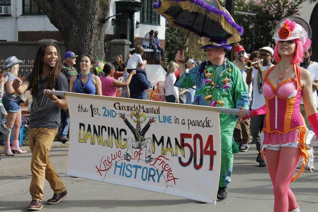 A tradicional festa de Mardi Gras é de origem francesa e foi levada junto com os imigrantes