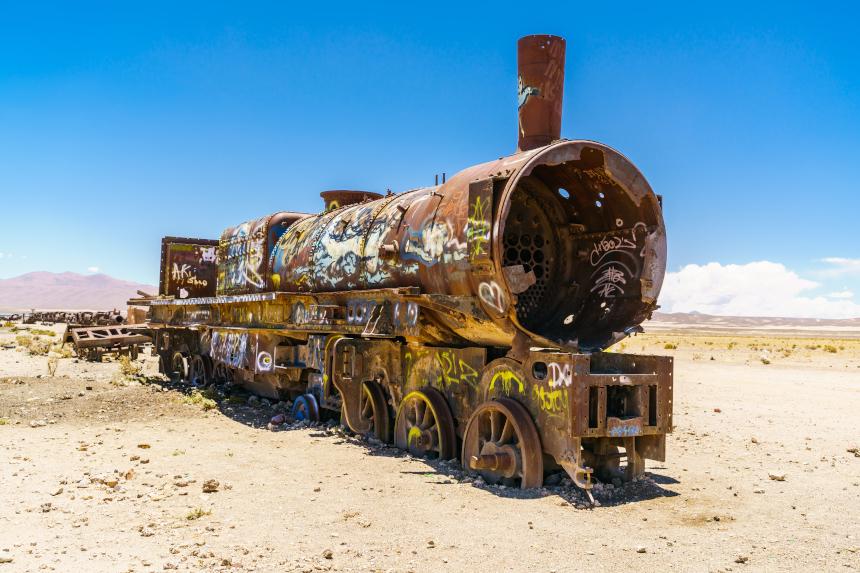 Na Bolívia, o cemitério de trens é o destino abandonado