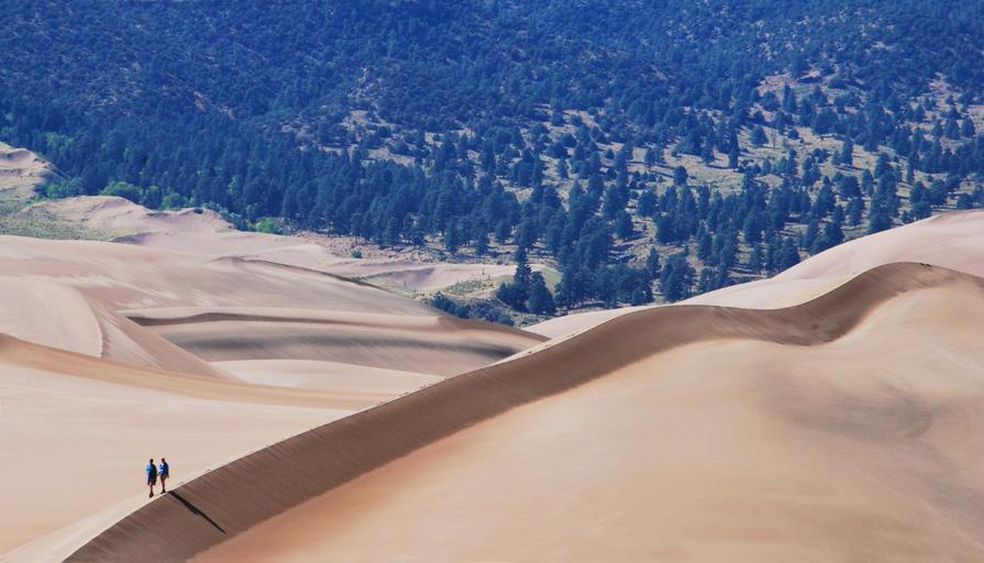 Calor e deserto no Kobuk Valley que integra a lista dos 7 parques para explorar no Alasca