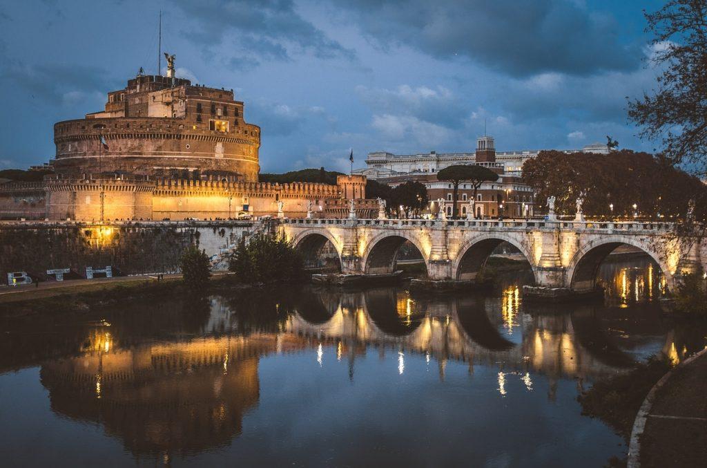 Mausoléu de Augusto está reaberto em Roma e este Castelo de Santo Ângelo guarda um segredo em seu topo