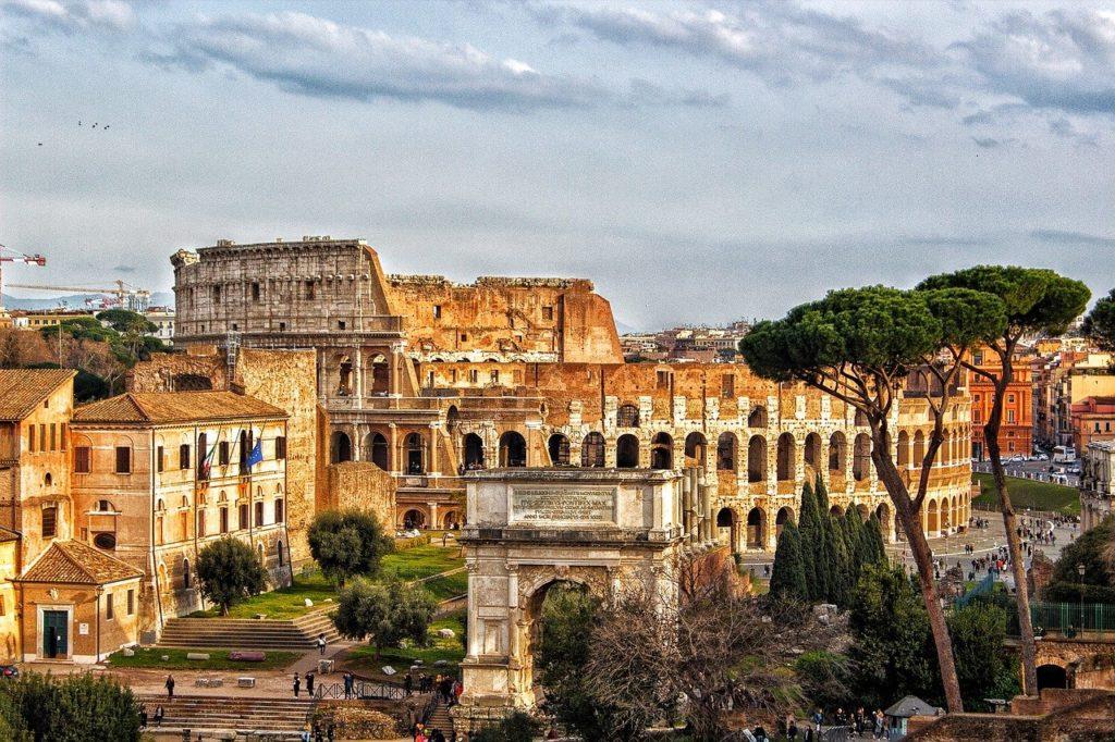Roma é uma bela cidade que merece  ser conhecida