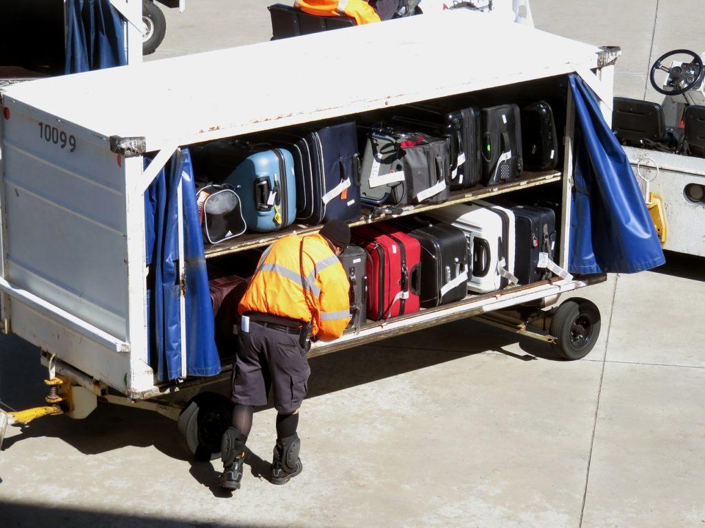 Entre o que saber está que as malas são despachadas