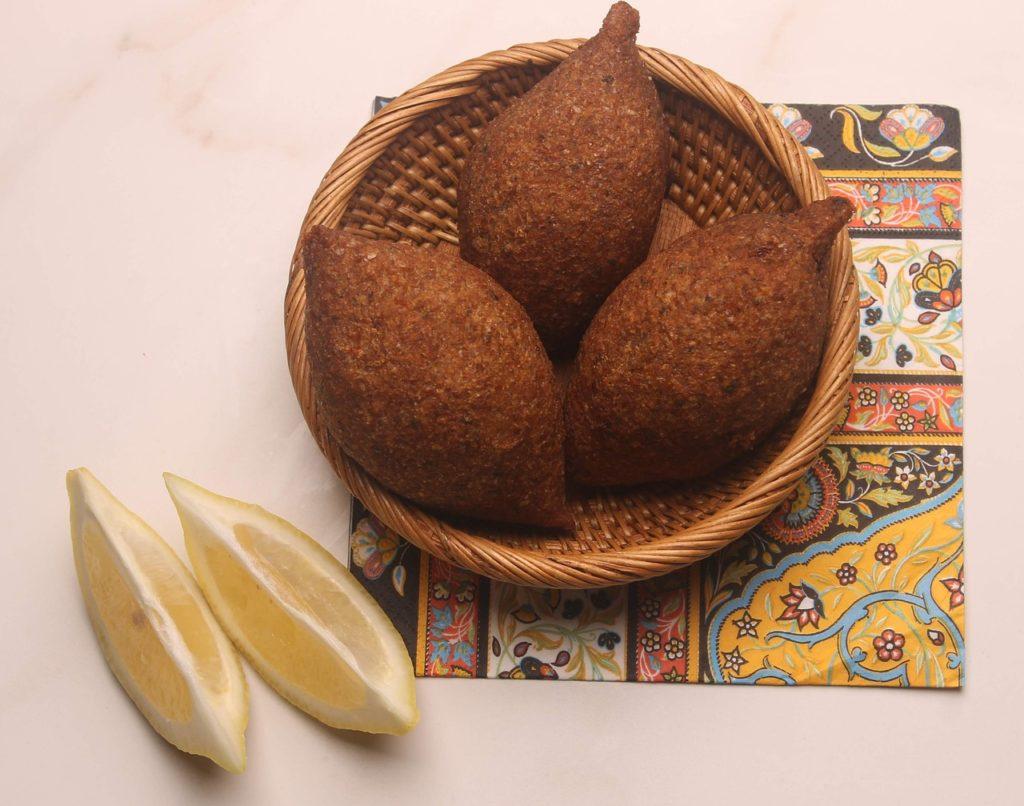 Cru, assado ou frito, o quibe é outra iguaria da culinária árabe