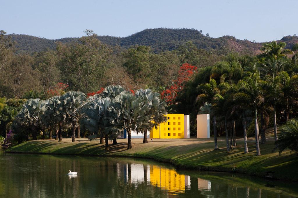 Cerca de 60 quilômetros da capital fica Brumadinho, sede do Instituto Inhotim