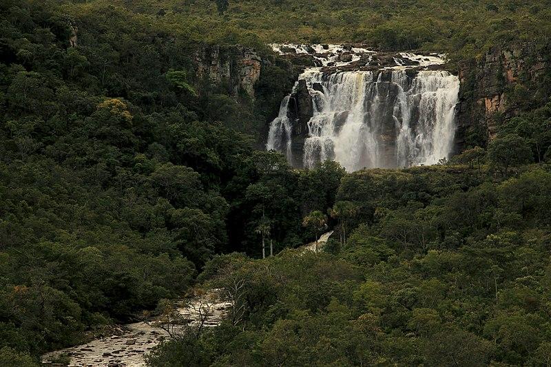 Salto Corumbá tem quedas d'água como esta