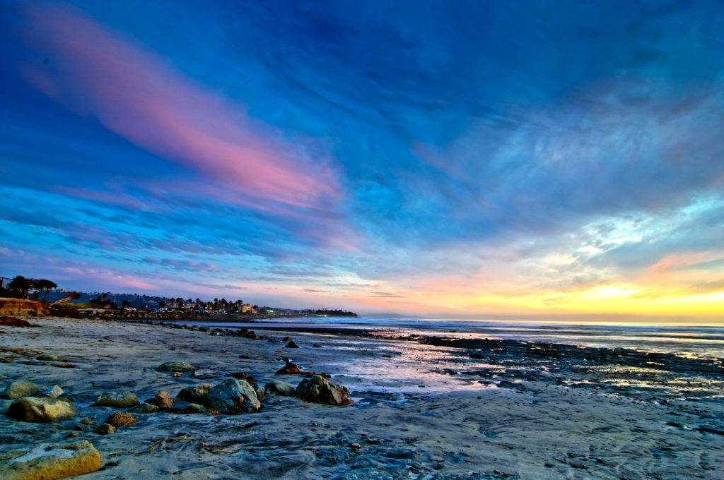 Com pores do sol incríveis, Cardiff State também está entre as melhores praias de San Diego