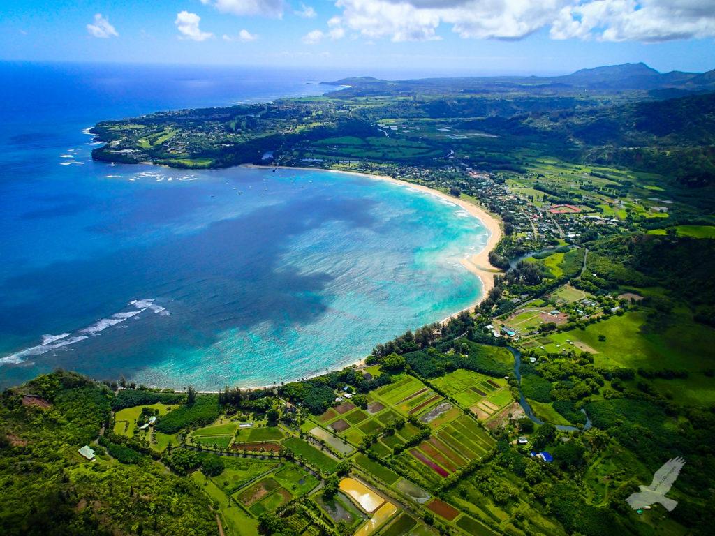 Berço do surfe, o Havaí tem praias entre as mais bonitas do mundo