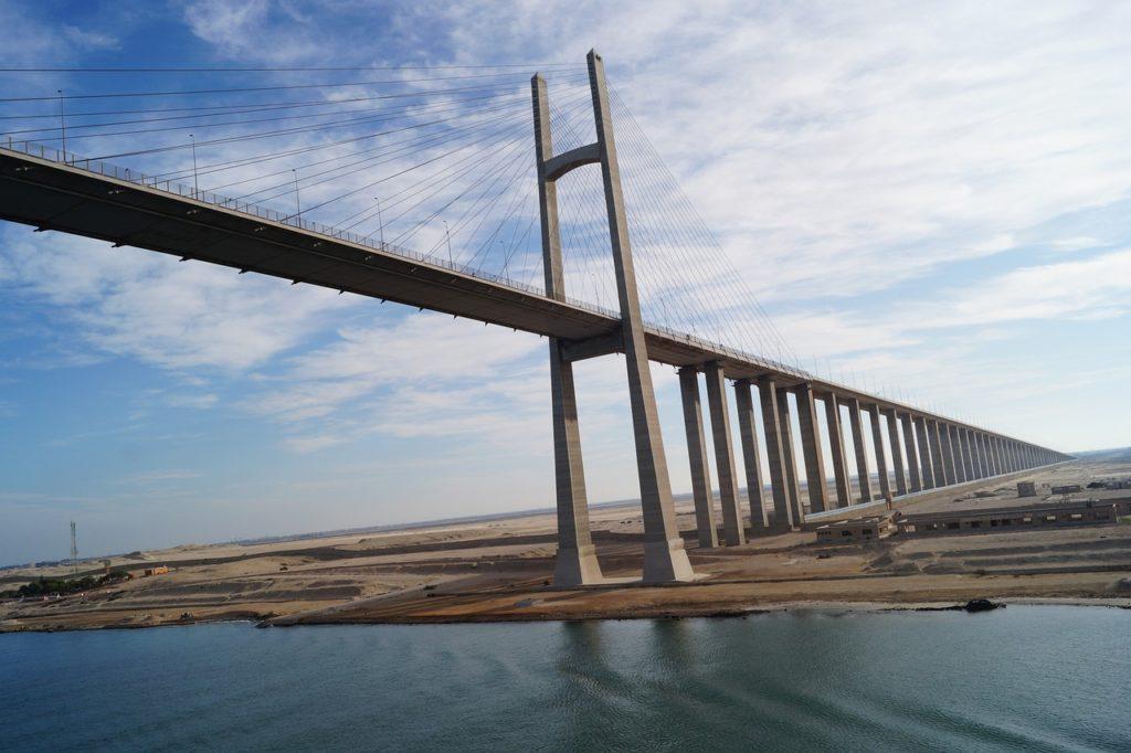 O Canal de Suez foi virou assunto mundial recentemente
