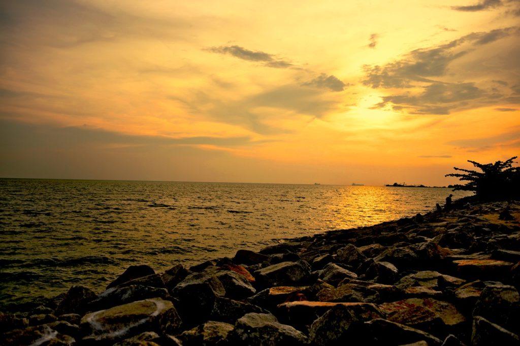 O Estreito de Malaca é o mais longo desta lista