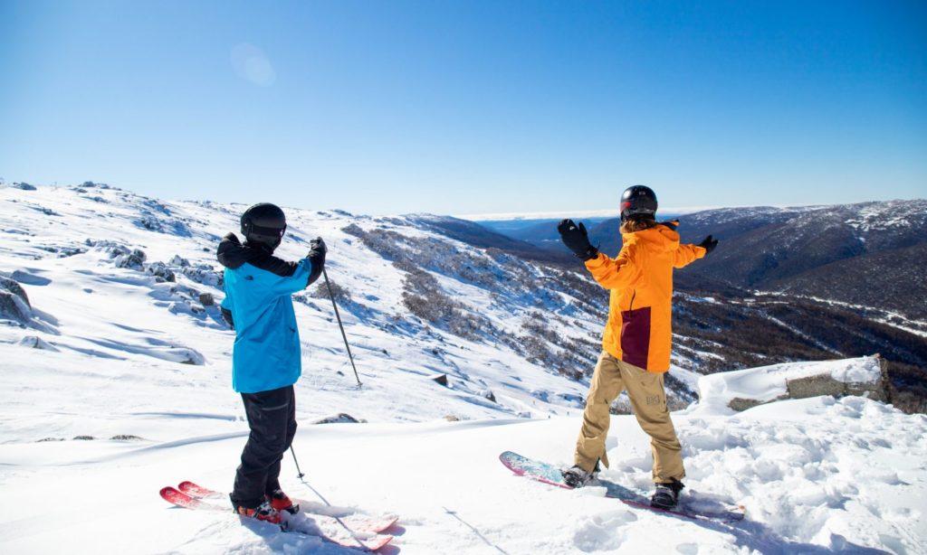 Vistas impressionantes e muita neve nas estações de esqui australianas
