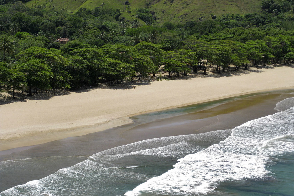 Não acabou! Já ouviu falar da Praia do Bonete em Ilhabela?