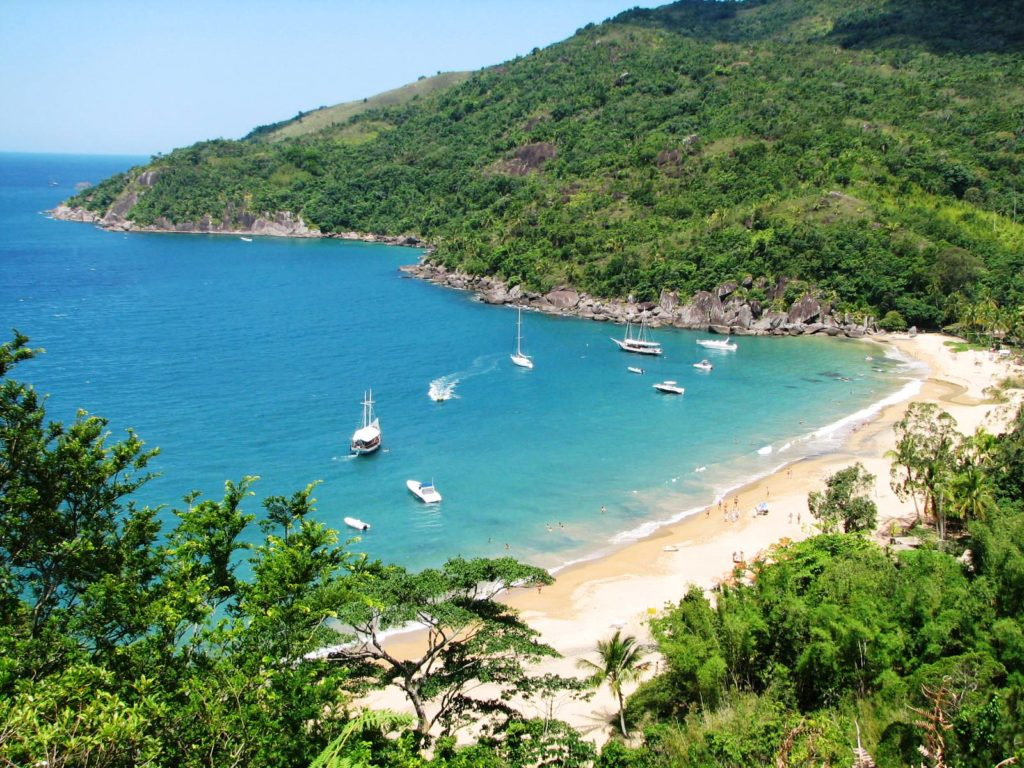 Em Ilhabela visite a Praia do Jabaquara