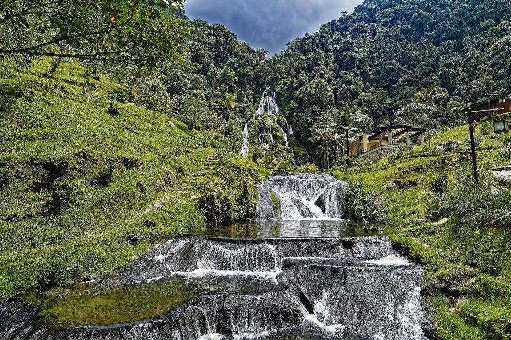 O que fazer numa viagem à Colômbia: o tour da rapadura na região de Pereira