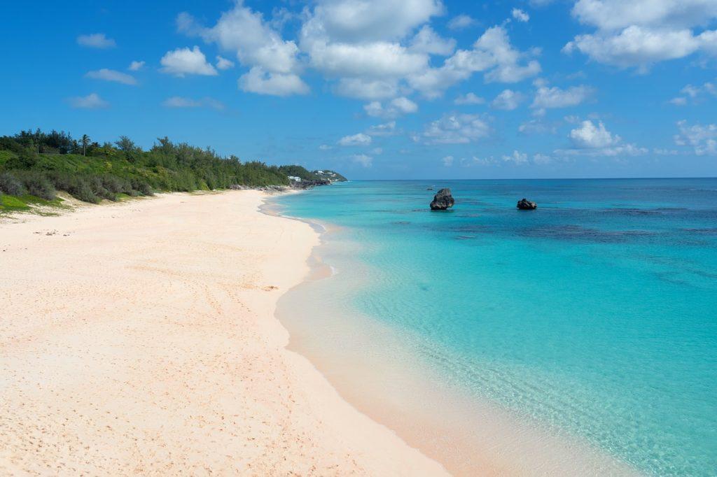 Viagem a dois com romance e aventura nas Bermudas