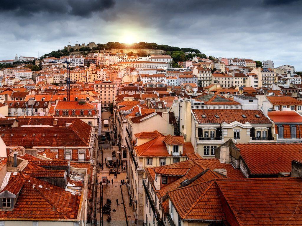 Lisboa é um destino incrível para lua de mel