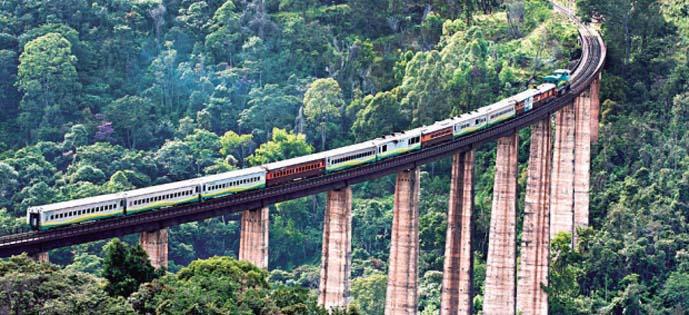 Cerca de 3 mil pessoas passam diariamente na linha férrea entre BH e Vitória