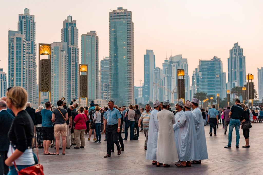 5 países diferentes para fazer intercâmbio: Emirados Árabes