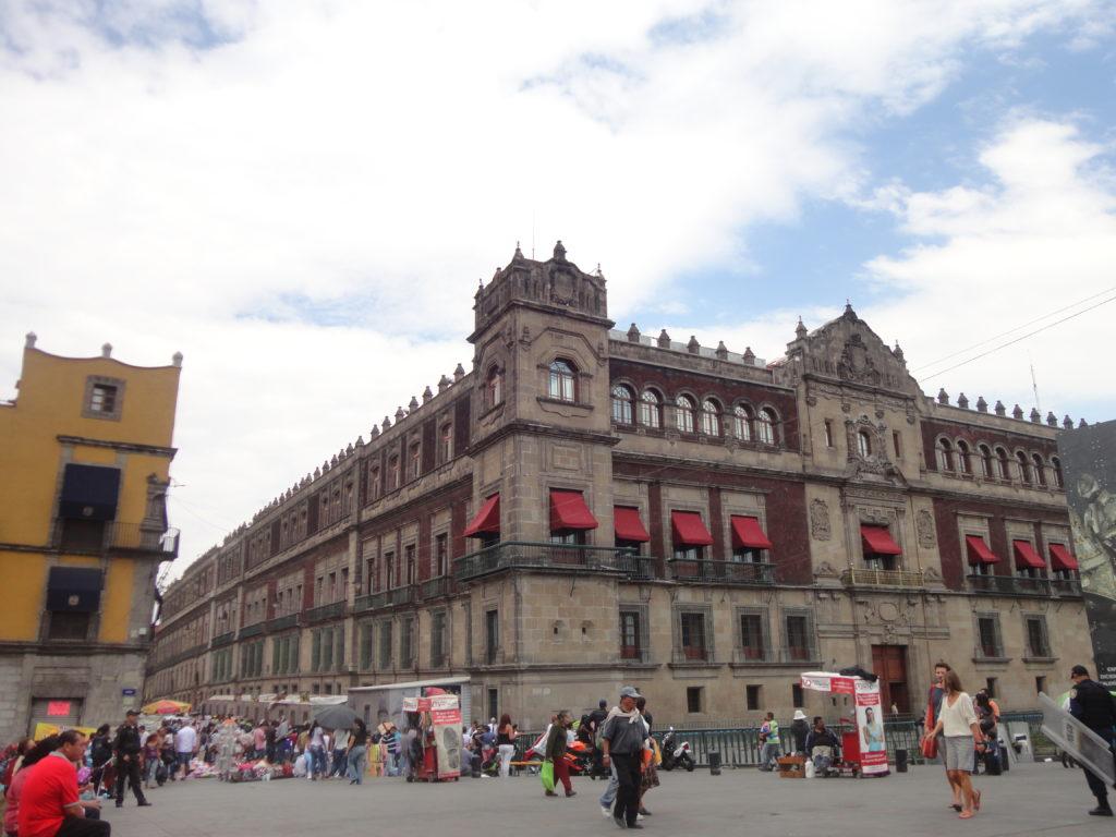 Tem história e política no Museu Histórico do Palácio Nacional