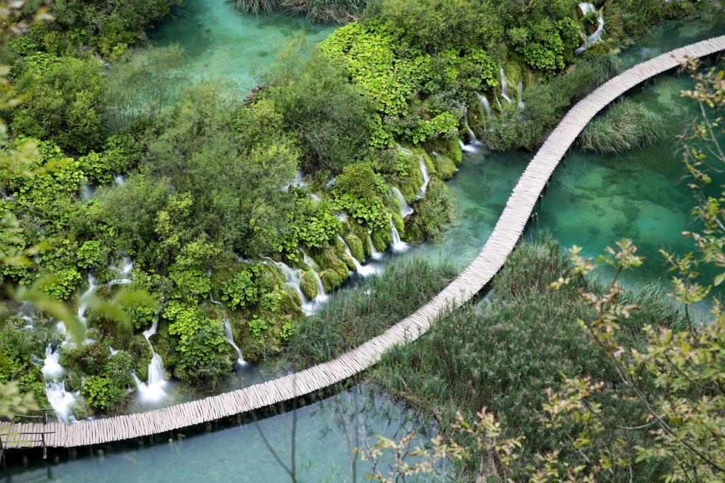 Lagos e ilhas da Croácia inseridas na lista das 7 maravilhas naturais mais incríveis do mundo