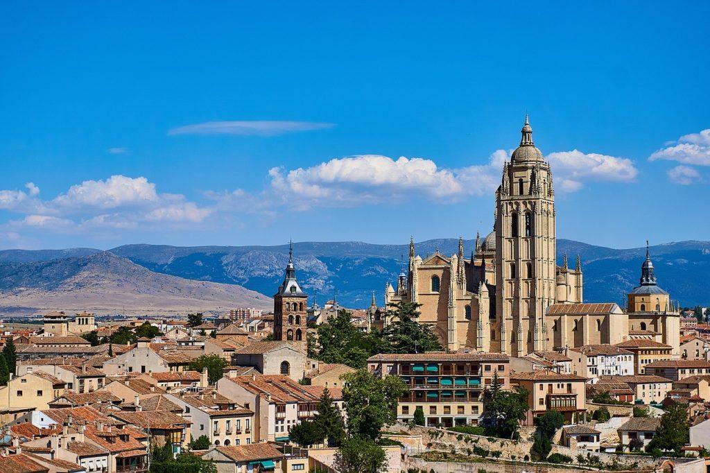 Catedral é outro programa imperdível para fazer em Segóvia na Espanha
