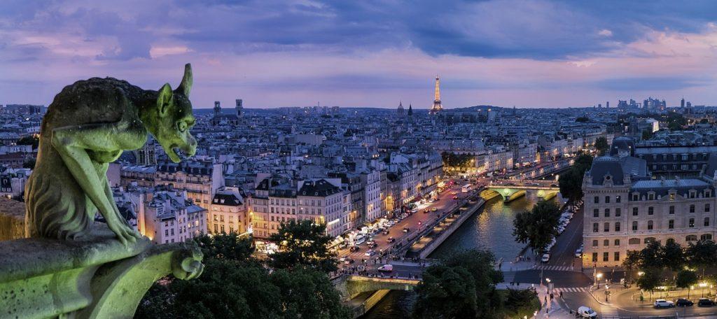 Saiba um pouco mais sobre Paris
