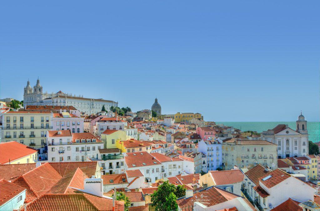 Mercado acredita na retomada de investimentos em imóveis por brasileiros em Portugal. Novas regras do Golden Visa a partir de 2022