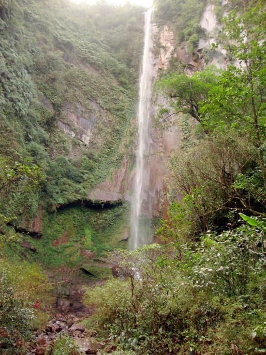 Roteiros do ecoturismo se complementam com diferentes cachoeiras no município