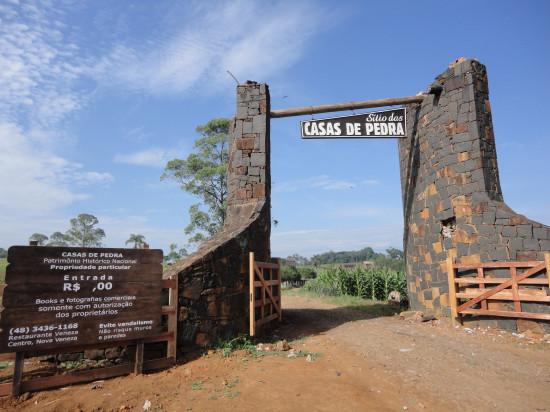 Casas de Pedra e orgulho do passado
